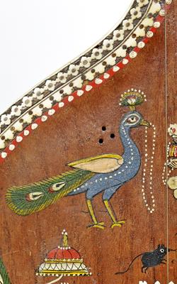LUTH À MANCHE LONG TANPURA - Musée de la musique