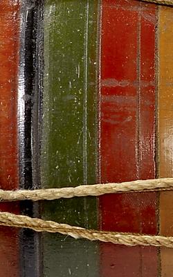 TAMBOUR EN SABLIER HURUK - Musée de la musique