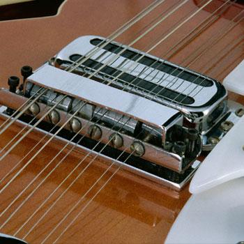 Guitare électrique Rickenbacker © Jean-Marc Anglès