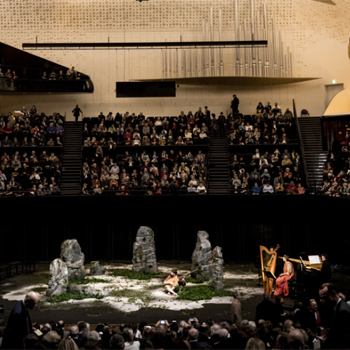 crédit Ava Du Parc. Orfeo à la Philharmonie de Paris le 20 mars 2017 par Les Arts Florissants, direction Paul Agnew