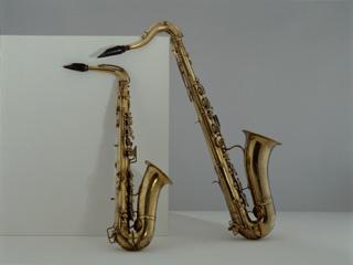 Saxophone ténor, Prestreau, saxophone alto en mib, Adolphe Sax,  Paris, fin XIXe, collection Musée de la musique©Albert Giordan