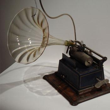 """Phonographe """"Gaulois"""", Pathé, G57. © Musée de la musique mécanique (Les Gets)"""