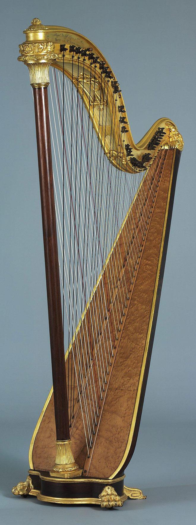 Harpe chromatique © Jean-Marc Anglès (photo) - Musée de la musique - Philharmonie de Paris